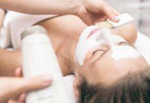 Самые эффективные процедуры очищения кожи в салоне красоты